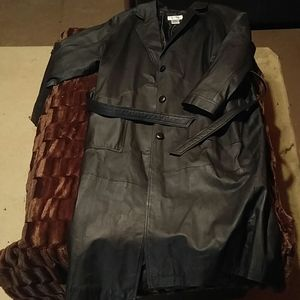 XL black leather trench coat